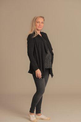 ג'ינס סקיני שחור